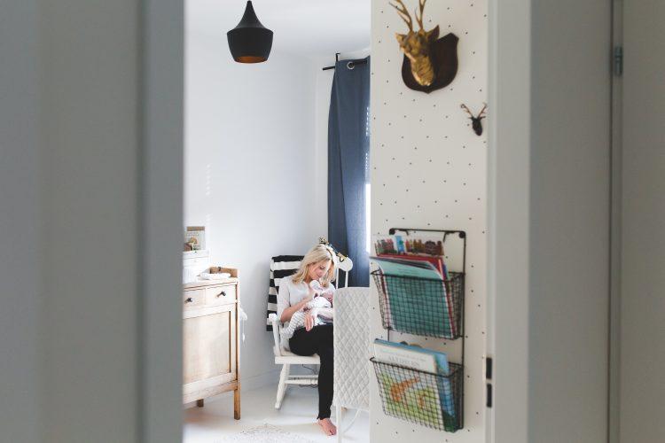 Schommelstoel Babykamer Marktplaats : Een kijkje in de babykamer van reijn mama is thuis