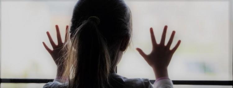 csm_meisje-zorg-kindermishandeling-huiselijk_geweld-1000x380_65d41f5a23