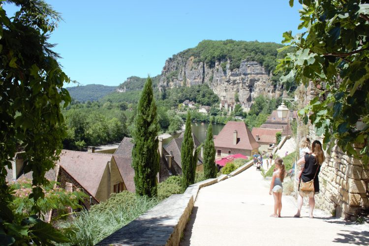 kindvriendelijke-campings-frankrijk-bretagne-dordogne-auvergne-glamping-kamperen